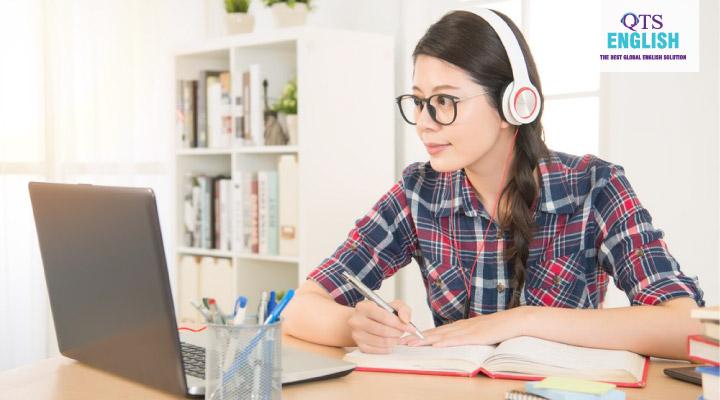 Học từ vựng tiếng anh mà chỉ có chữ không thì rất chán, hãy kết hợp với hình ảnh, âm thanh, video để giúp bạn hứng thú hơn trong việc học tiếng anh