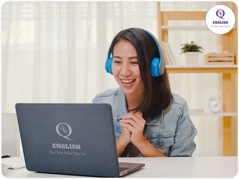 Đăng ký học chương trình tiếng Anh QTS English trực tuyến qua mạng một cách dễ dàng