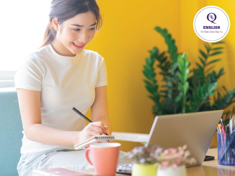 Tham gia các hội nhóm học tiếng Anh trên mạng